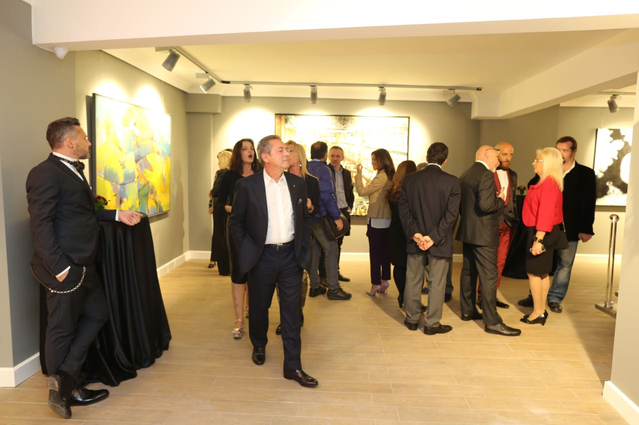 Ferdan Yusufi Galleria Russo 19